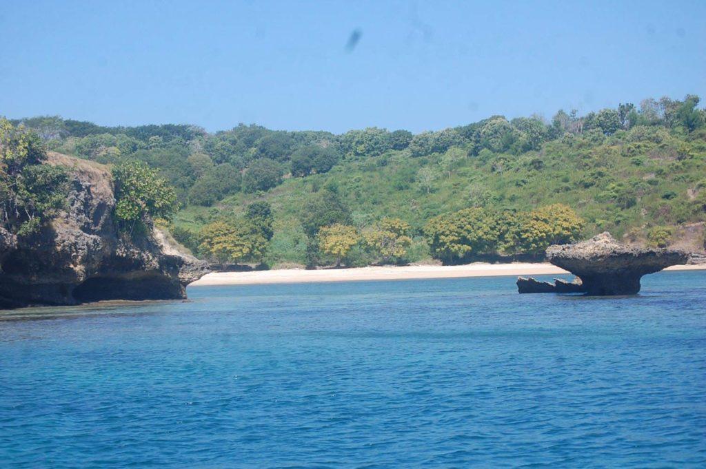 Pantai Semangkok
