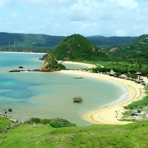 wisata pantai seger lombok