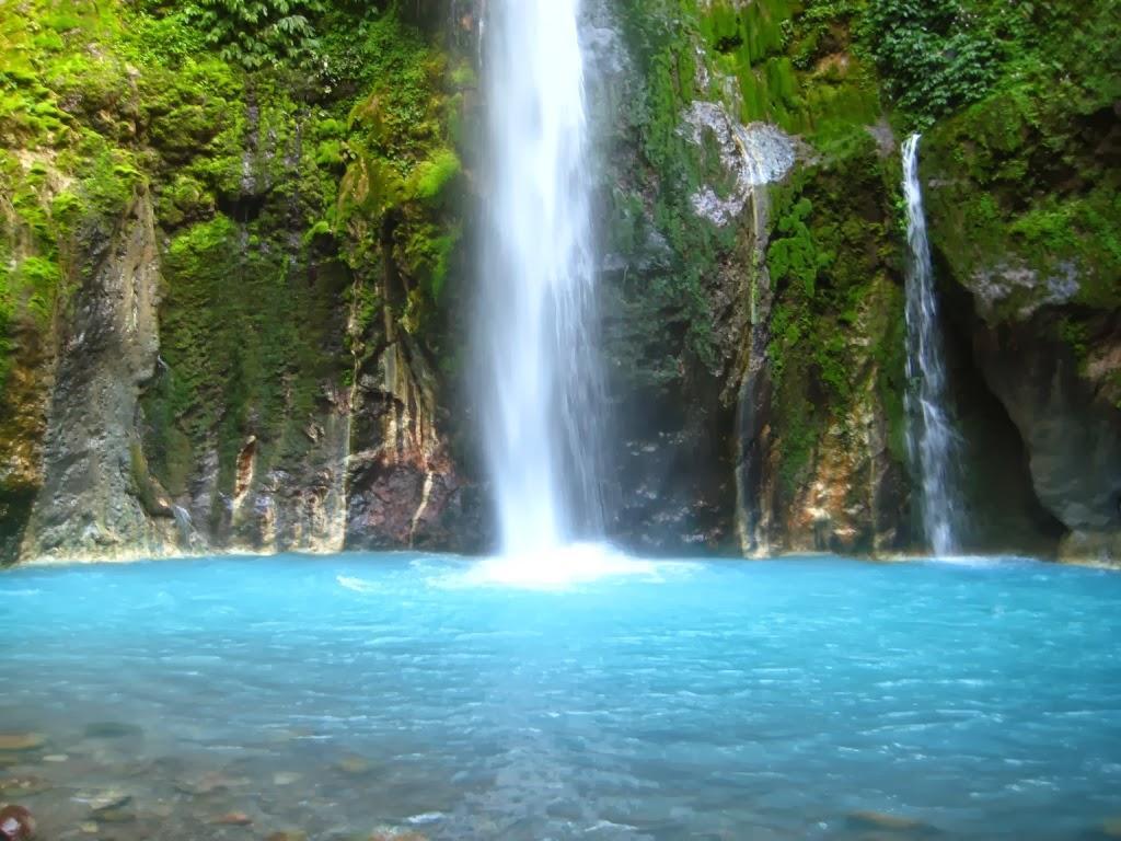 Keindahan Air Terjun Songgolangit Jepara