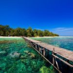Destinasi Menarik Wisata Pantai Karimunjawa di Jawa Tengah