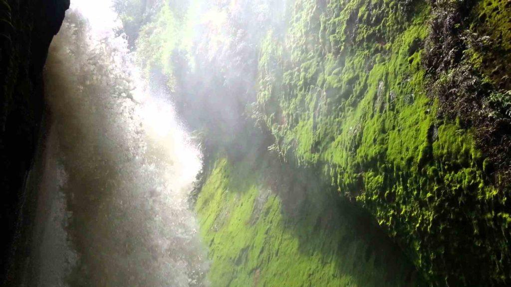 Wisata Air Terjun Blawan