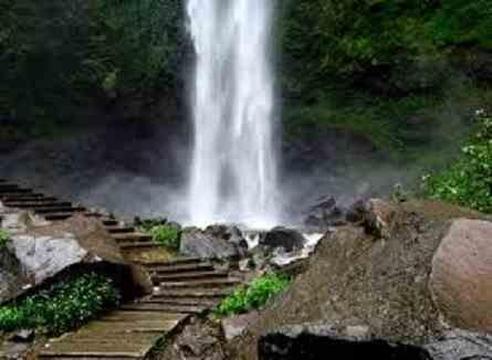 Wisata Air Terjun Coban Rondo Malang yang Melegenda