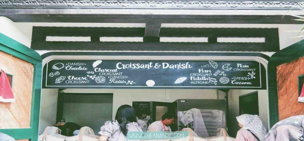 Croissant dan Danish Bakery