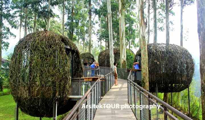 Resto Lutung Kasarung Dusun Bambu