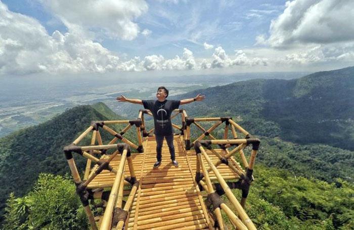 Tempat Wisata di Semarang - Gardu Pandang Lereng Kelir