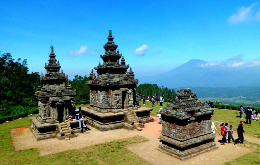 Menikmati Pemandangan Kota Semarang dari Ketinggian di Candi Gedong Songo